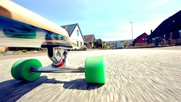 Ролики, скейтборды, самокаты и аксессуары